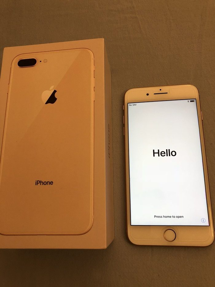 Apple iPhone 8 Plus - 256GB - Gold (Unlocked) A1897 (GSM) . Photo 1