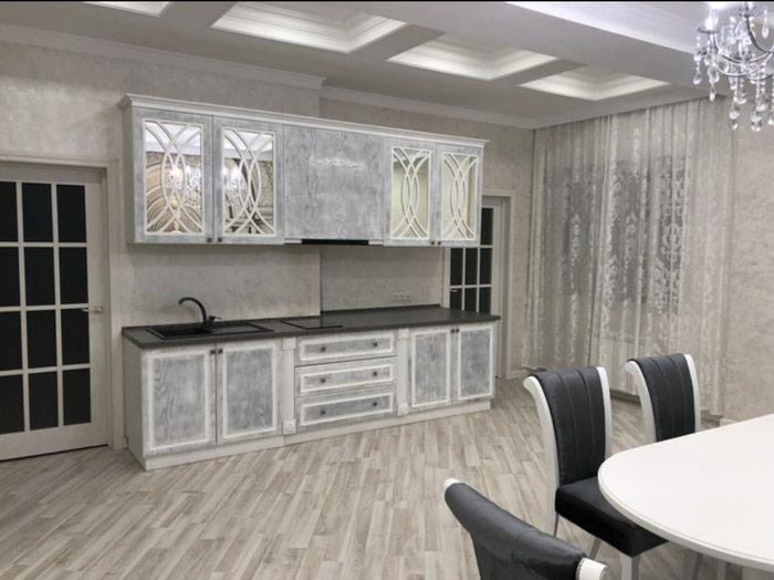 Сдается квартира: 4 комнаты, 160 кв. м., Бишкек в Бишкек