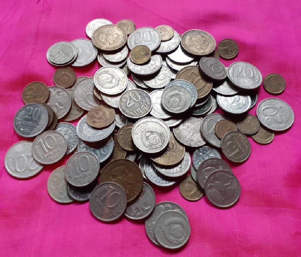 Монеты СССР в отличном состоянии. 110 штук. Цена указана за все
