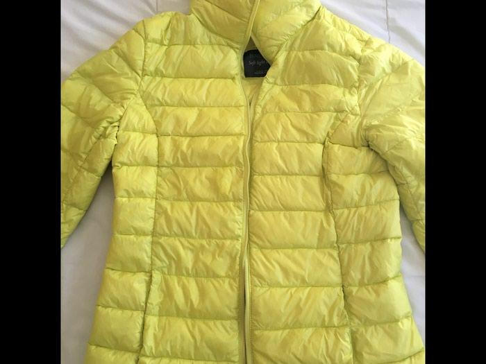 Benetton jakna, obucena 2-3 puta, perje i paperje