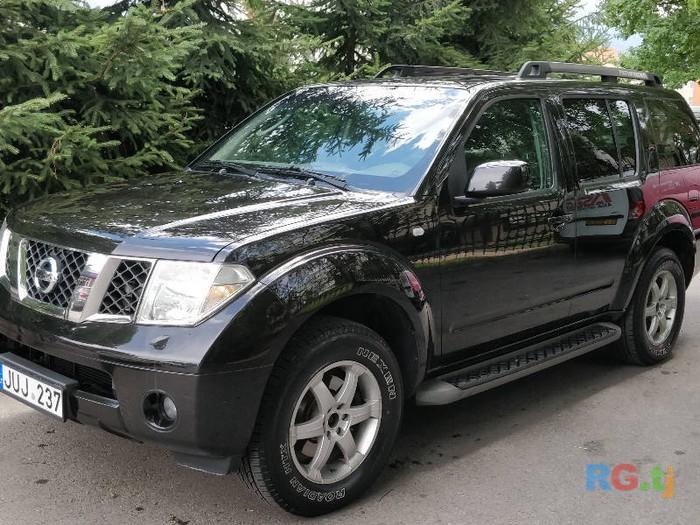 Nissan Pathfinder 2006. Photo 2