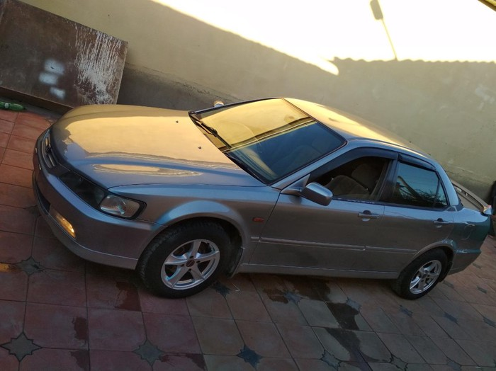 Honda Accord 1999. Photo 1