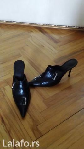 Kozne crne cipele, samo jedan put nosene, broj 37