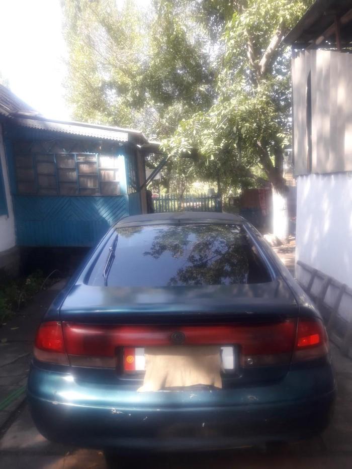 Mazda 626 1995. Photo 4