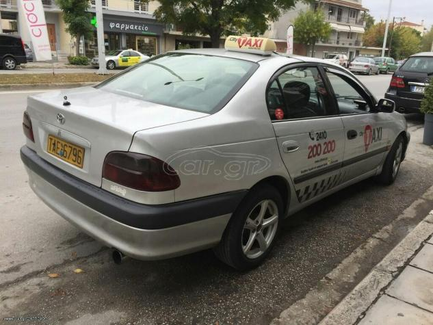 Toyota Avensis 2001. Photo 3