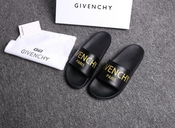 GIVENCHY ΣΑΓΙΟΝΑΡΕΣ(collection 2017).To προϊόν. Photo 1