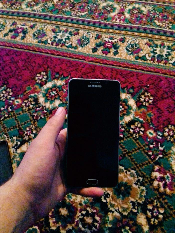 Samsung A7 2016. Photo 2
