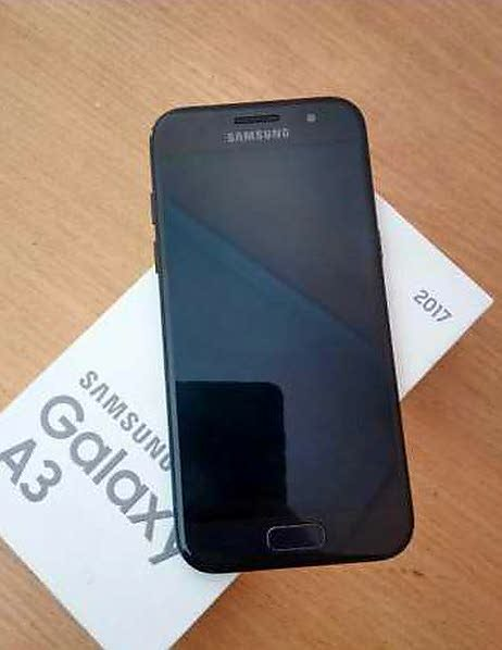 Samsung galaxy A3 2017. Photo 0