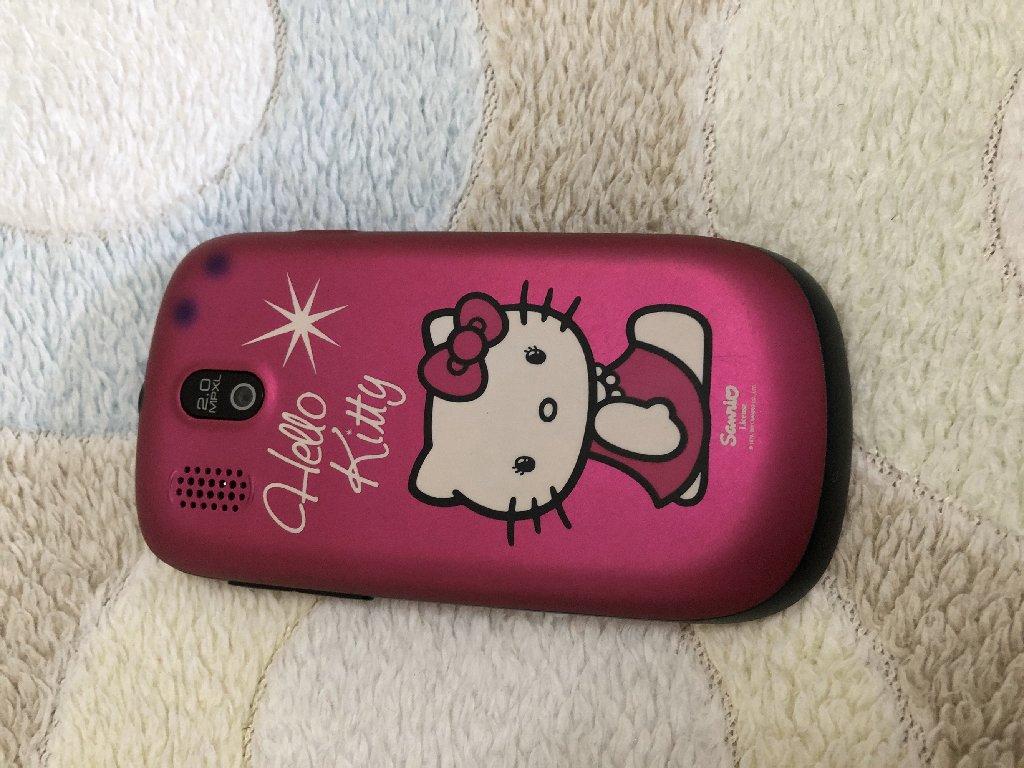 Alcatel Hello Kiity telefon koriscen 1.mesec!!!!!