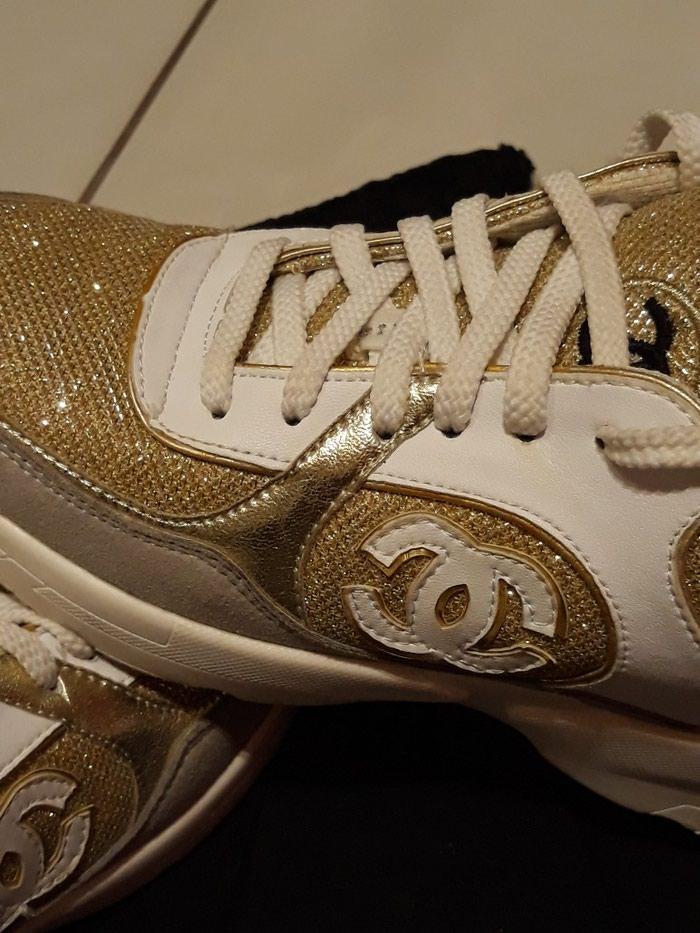 Παπούτσια αθλητικά τύπου Chanel, άριστη κατάσταση, νούμερο 37. Photo 3