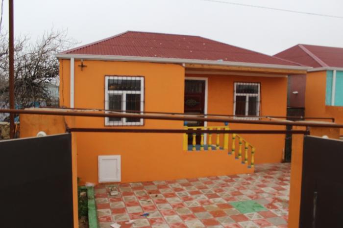 Satış Evlər mülkiyyətçidən: 100 kv. m., 3 otaqlı. Photo 0