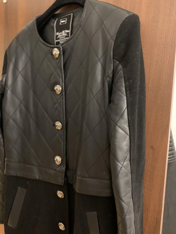 Ženski kaputi - Cacak: Tiffany crni kaput-jakna, veličina L. Stanje dobro, bez ikakvog