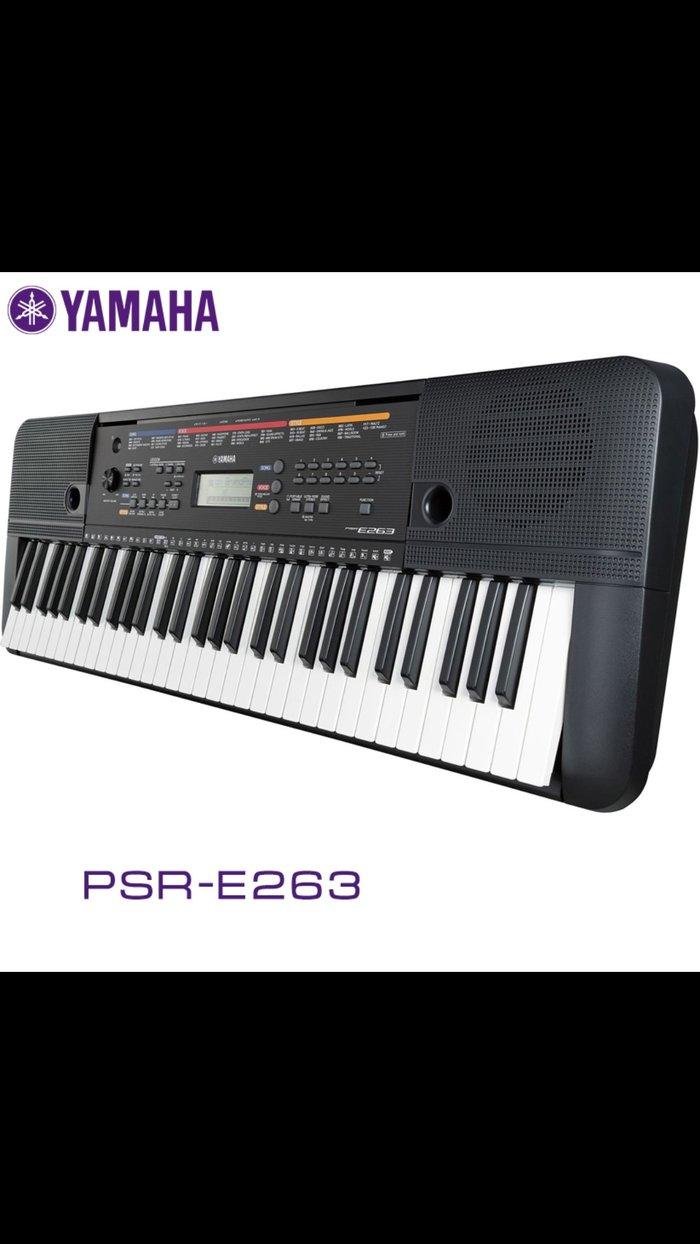 Синтезатор yamaha psr-e263 – синтезатор начального уровня, музыкальный 61-клавишный инструмент отлично подходит для обучения начинающим музыкантам, в первую очередь он интересен привлекательной ценой и компактностью