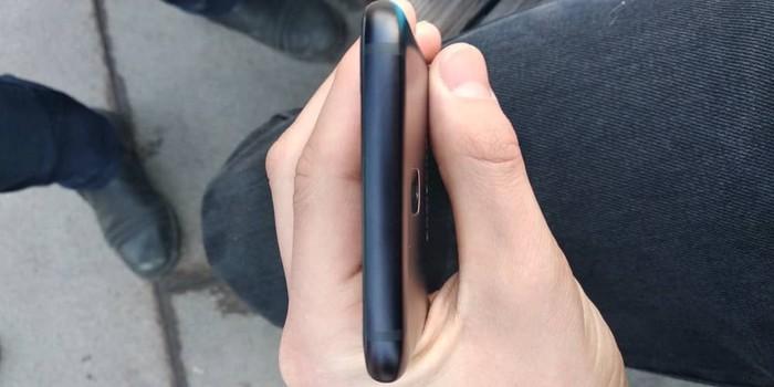 Б/у Samsung A10 32 ГБ Черный. Photo 3
