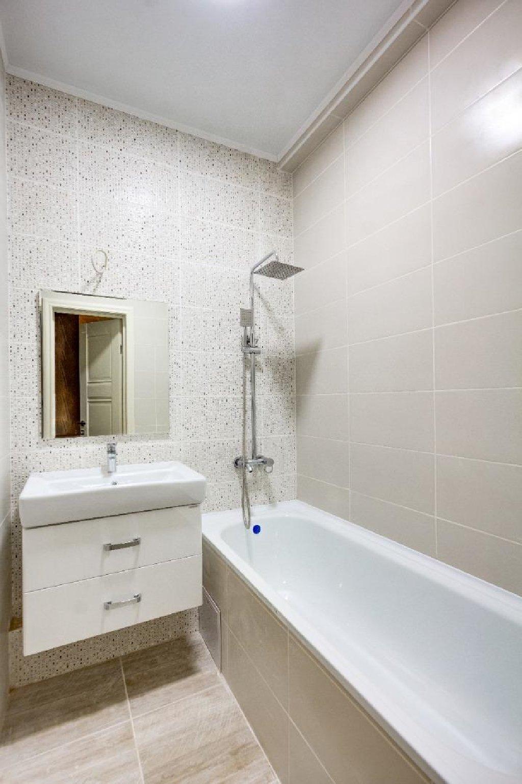 Продается квартира: 2 комнаты, 66 кв. м