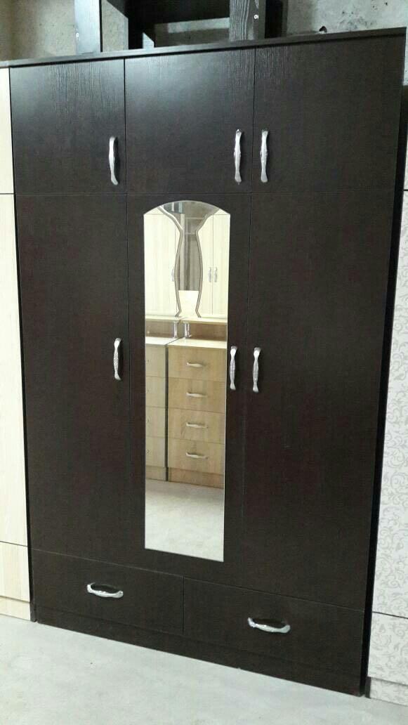 Продаю новый шифонер из российского ламинанта в Лебединовка