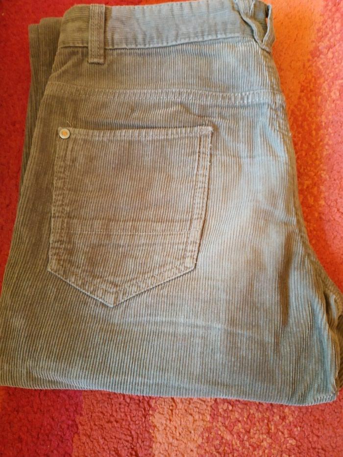 C&A maslinaste somot pantalone 164 za dečake  u pristojnom stanju bez oštećenja