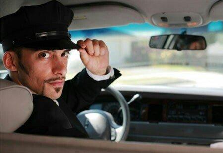 требуется водитель: требования знание русского языка от 18 лет ответст в Бишкек