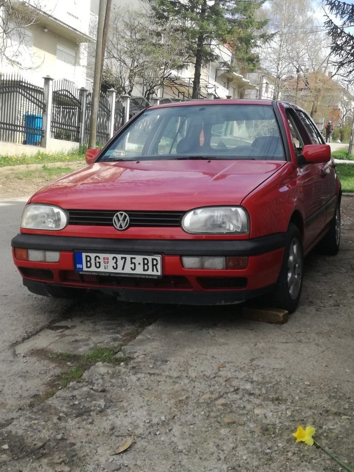 golf 3 benzin plin 94god cena 700 eur volkswagen beograd. Black Bedroom Furniture Sets. Home Design Ideas