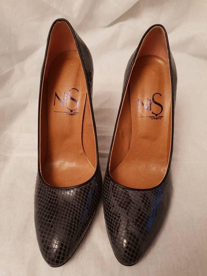 b44a65b2497c Новые кожаные туфли Италия 39-40 р Цена  3300 сом в Бишкек