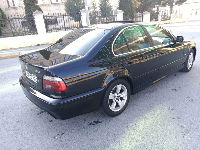 BMW 530 2002. Photo 3