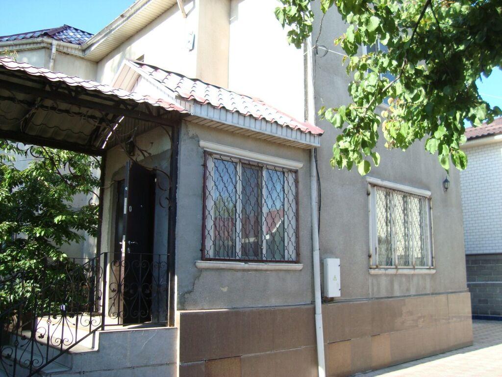 Продам Дом 212 кв. м, 7 комнат