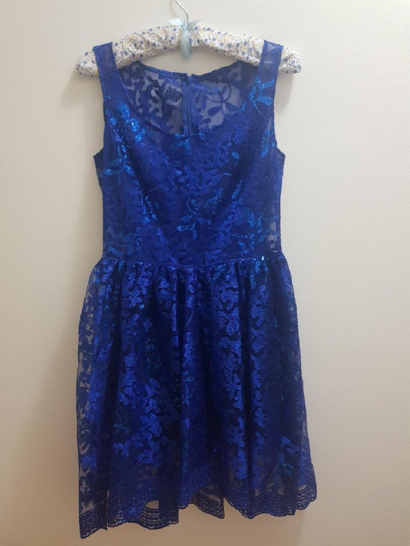 Kraljevsko plava haljina, jednom obucena za svadbu, placena 150e, od italijanske cipke, velicina 40