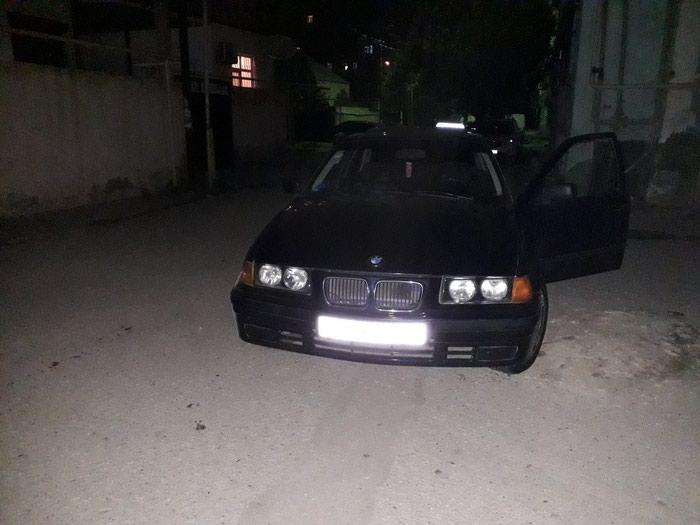 BMW 116 1994. Photo 1