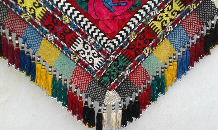 Уголок-панно. полностью ручная вышивка.. Photo 3