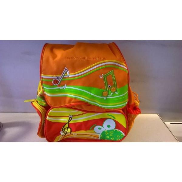 9ad25dd0223 Σχολική τσάντα Benetton for 6 EUR in Αθήνα: Άλλα παιδικά αντικείμενα on  lalafo.gr