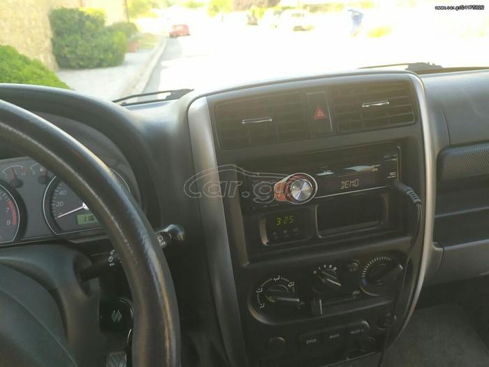Suzuki Jimny 2010. Photo 1