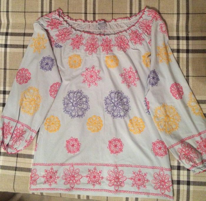 Новая блузка-крестьянка,с вышивкой.Размер 42-44 в Бишкек