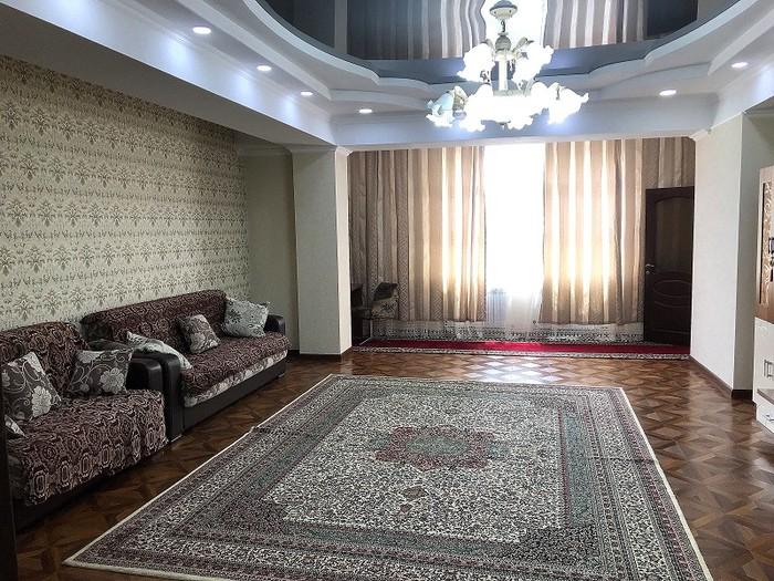 Сдается квартира: 2 комнаты, 103 кв. м., Бишкек. Photo 1