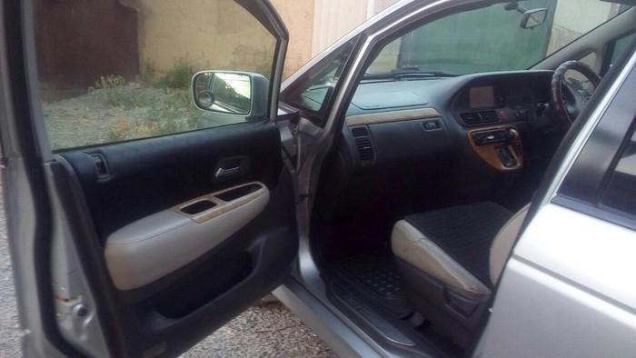 Honda Odyssey 2000. Photo 0