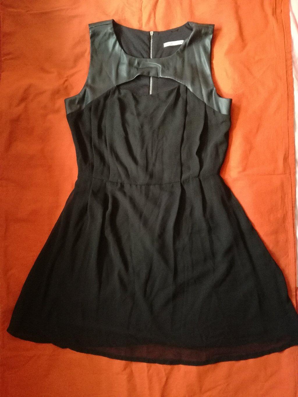 Μίνι μαύρο BSB φόρεμα, βραδινό, μεσάτο εντελώς αφόρετο, μέγεθος Μ