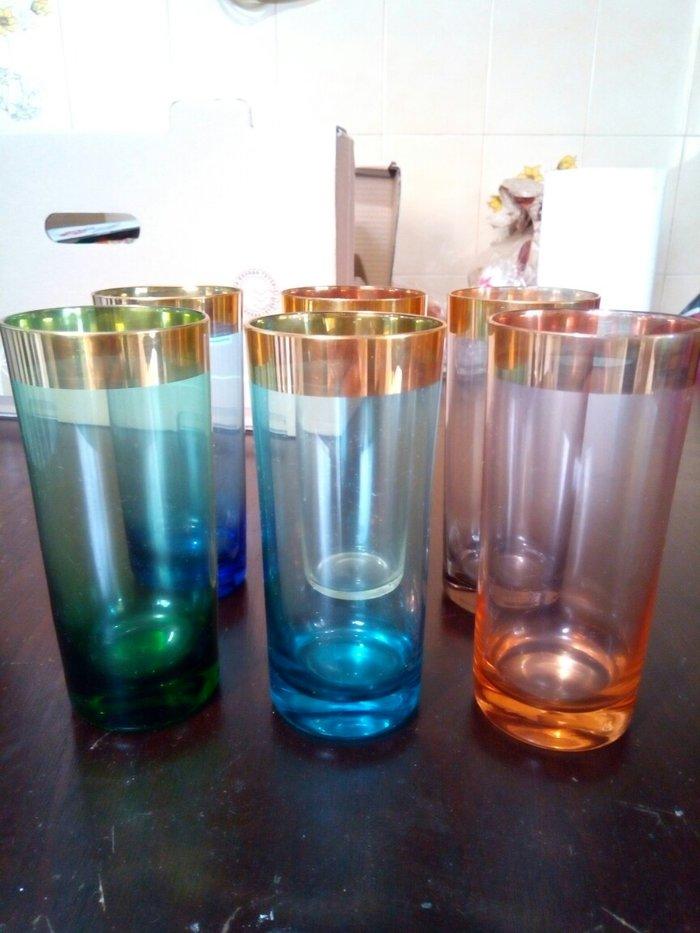 Σετ 6 ποτηρια με χρωματα και χρυσο, καλης ποιοτητας και αχρησιμοποιητα σε Χαλάνδρι