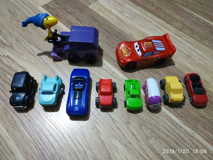 Игрушки 10 шт Самовывоз с метро Нефтчиляр. Photo 0