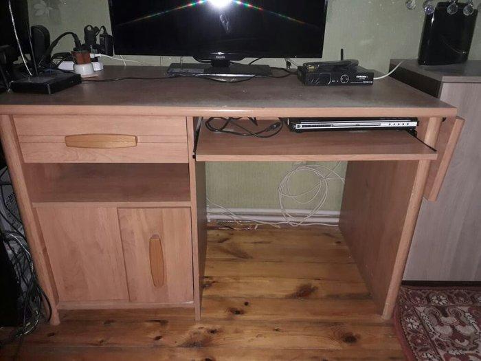 Bakı şəhərində Televizorun altında kı masa satılır İtaliyanın qatie