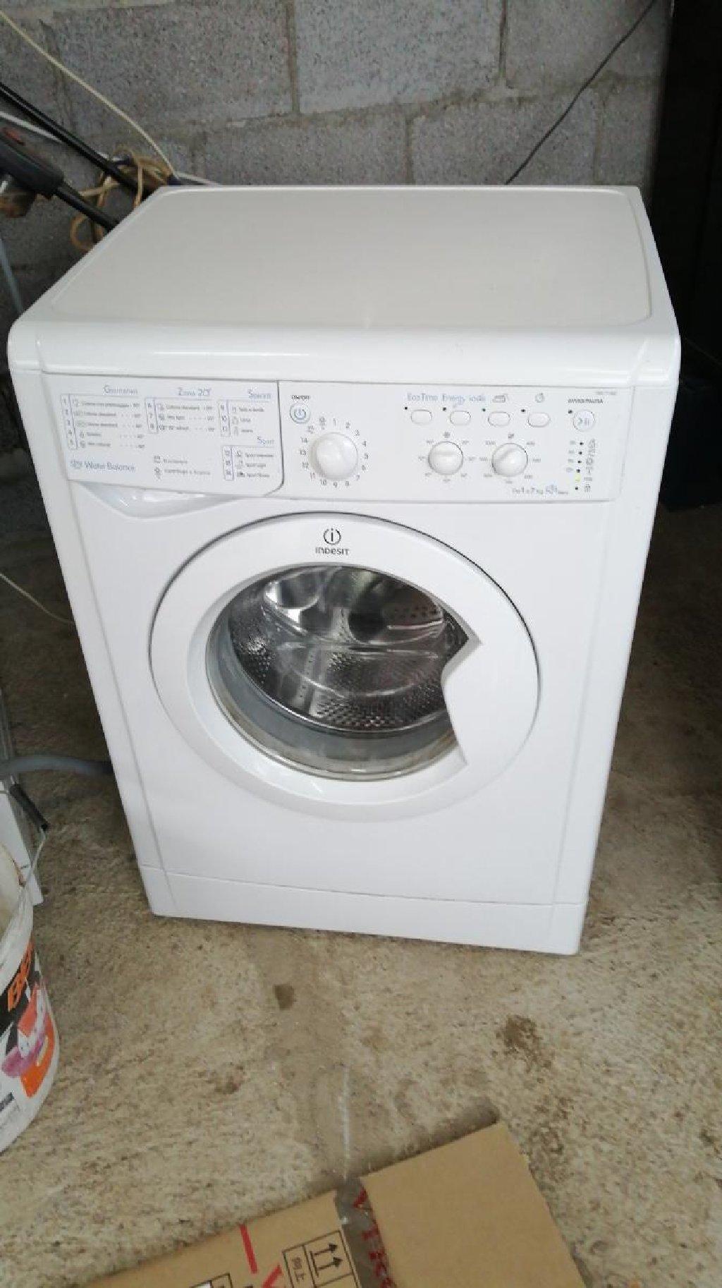 Frontalno Mašina za pranje Indesit 7 kg