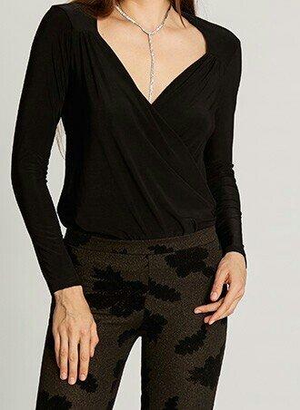 Μπλουζα λικρα m με κρουαζε ντεκολτε . φορεμενη μια φορα. ελαστικη.αποσ. Photo 1