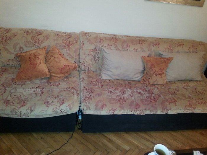 Troded i  dve fotelje moica na razvlacenje udibne i prakticne komplet- - Beograd