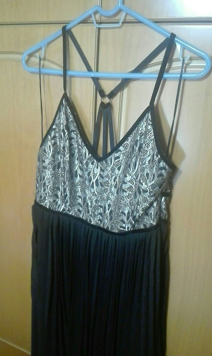 Φόρεμα επίσημο μαύρο μαξι με χρυσό μπούστο νούμερο 42 large. Photo 1