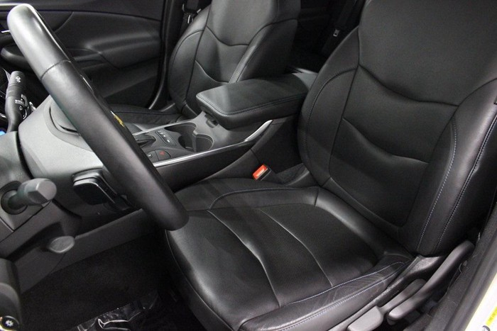 Chevrolet Volt 2018. Photo 5