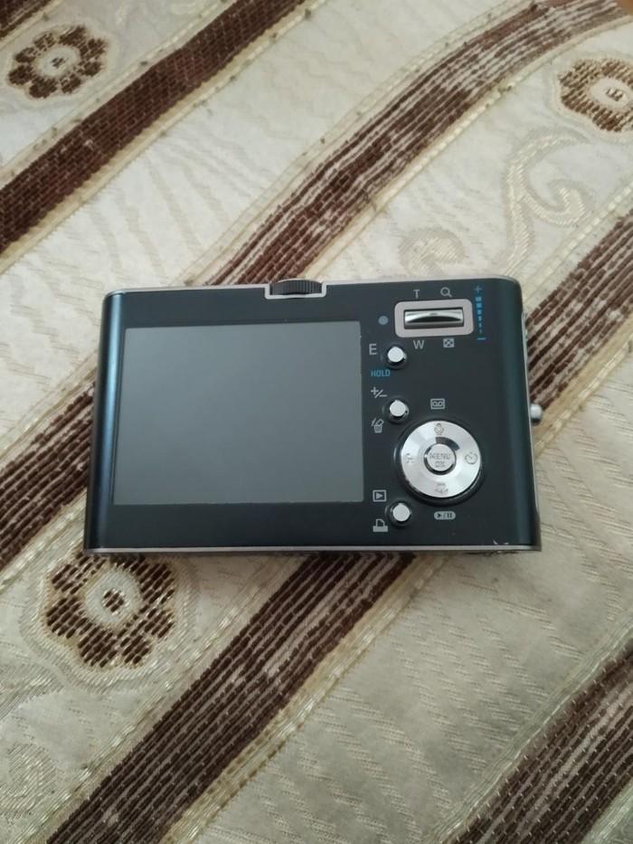 Samsung nv3 70 azn satilig yaxsi vezyetdedir isleyir. . Photo 2