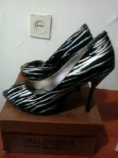 Туфли новые, выходные. 39 размер. цена 15 манат оконч.. Photo 0