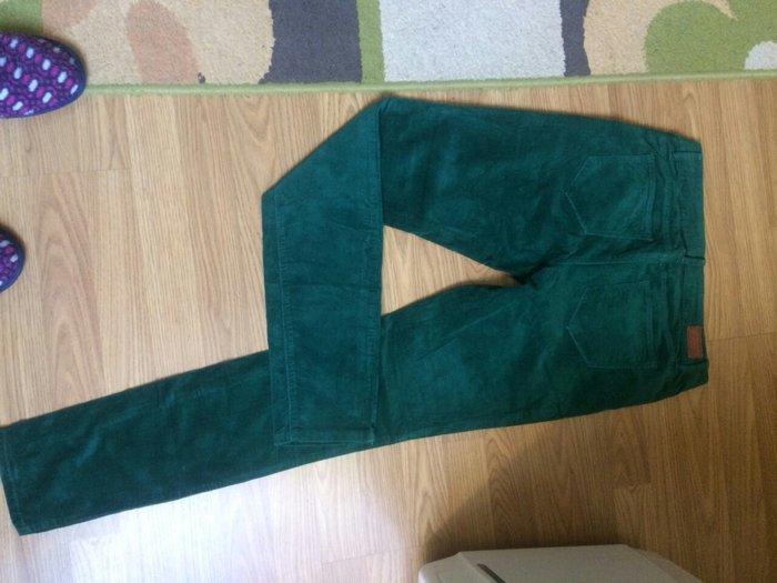Somot pantalone zelene boje vel. 36 esprit nove
