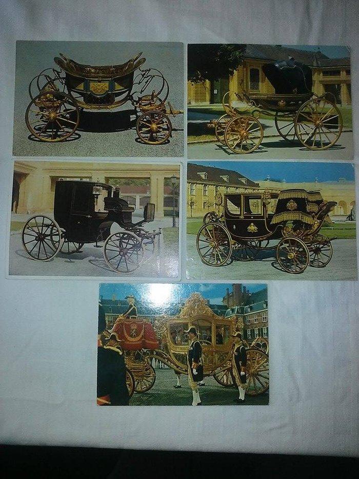 Prvi deo :  razglednice dvorca seinbrun , wiena , nesto domacih , cena je za prvi i drugi deo kompleta , nisu putovale osim 8 kom