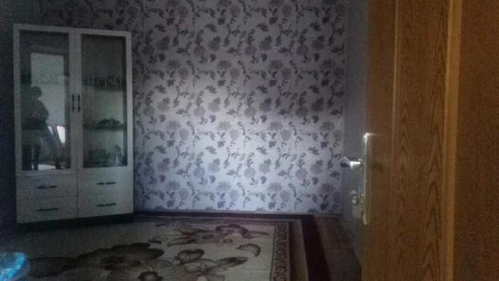 Ev satilir 2sotun içinde 3 otaq 1zal temirli ev mərkəzə yaxın. Photo 0
