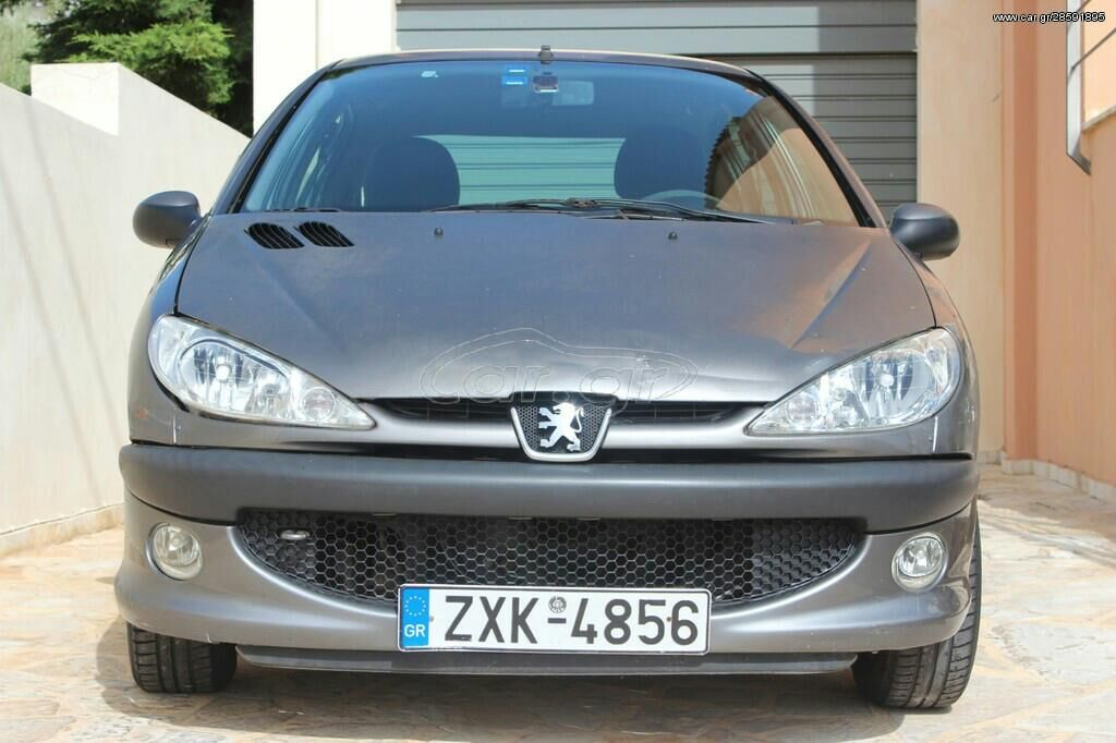 Peugeot 206 1.4 l. 2000   175000 km