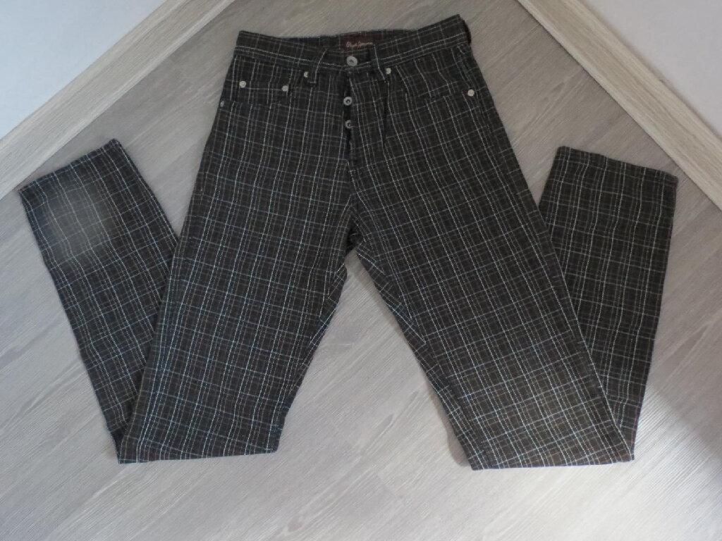 Pepe Jeans karirane farmerice 29 br